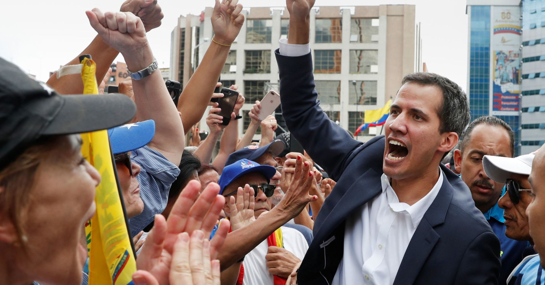 Trump recognizes Venezuela opposition leader as interim