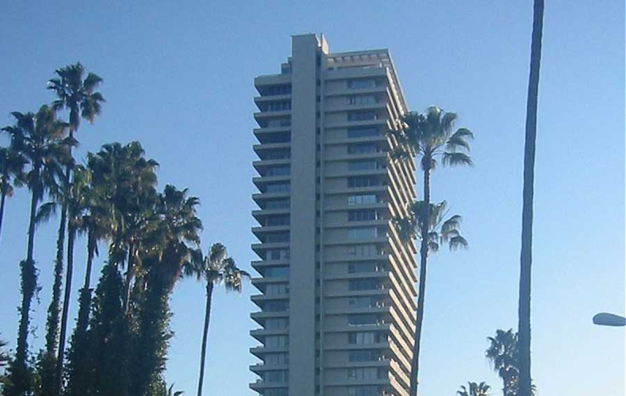 Built by world famous Architect Jack Charney, The Sierra Towers overlooks Beverly Hills and is said to be the most iconic, architecturally significant high-rise building in Los Angeles.