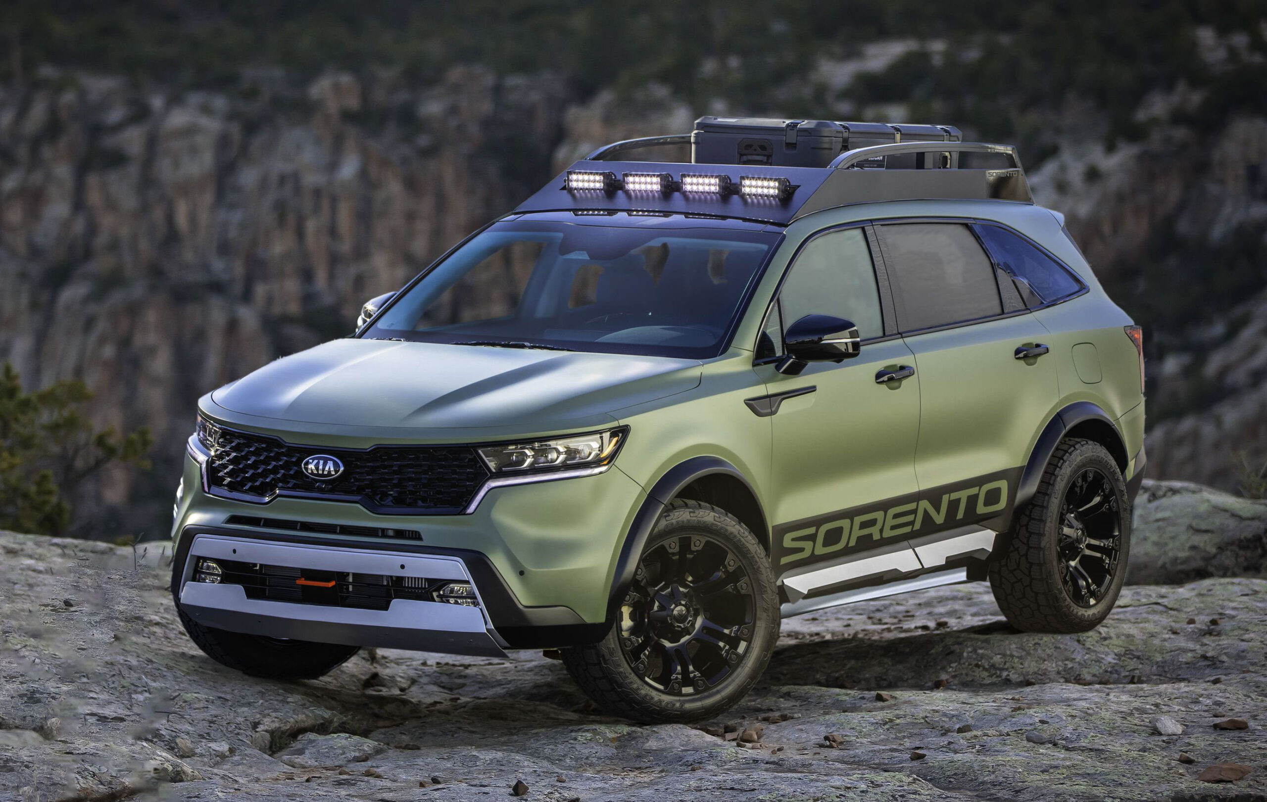 Aggressive Custom SUVs Signal Brand's Focus on Adventure, Capability and Trail Readiness. Sorento Yosemite Edition aims at exploring high-elevation locales and mountain living. Sorento Zion Edition is a dune-defeating desert escape vehicle.
