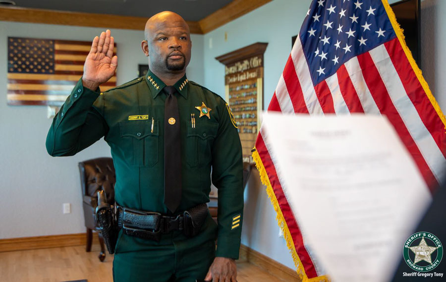 SHERIFF GREGORY TONY TAKES OATH OF OFFICE