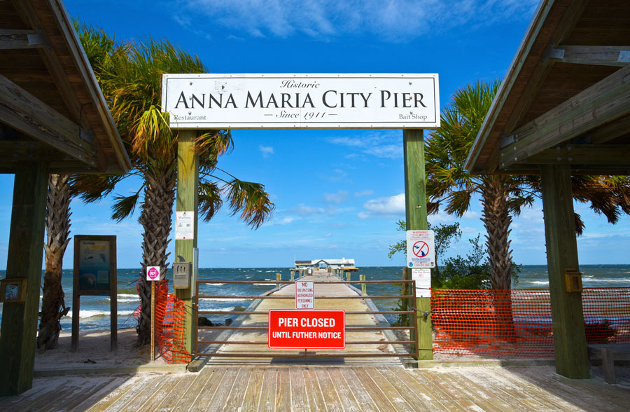 Anna Maria Historic Pier is closed after being extensively damaged by Hurricane Irma. October 2, 2017. Editorial credit: Mark Winfrey / Shutterstock.com, licensed.