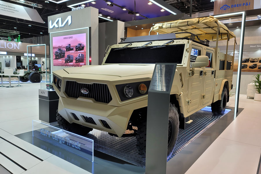 Kia showcases new defense vehicle technologies at IDEX 2021 defense exhibition