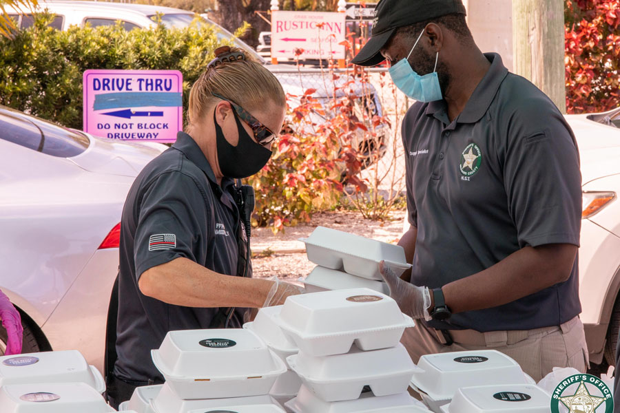 The Broward Sheriff's Office, Miami Dolphins, Island Joe's Café and other community partners joined forces this week to help fight hunger in our community.