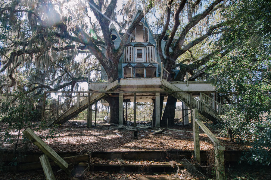 Exterior of a massive, abandoned Victorian-style treehouse in Brooksville, Florida. March 1, 2014.