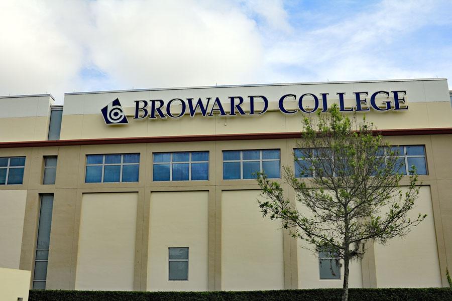 Exterior of Broward Community College North Campus. Editorial credit: Serenethos / Shutterstock.com, licensed.