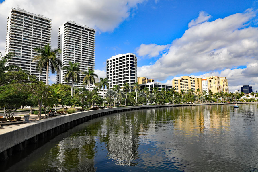 The beautiful and changing skyline along the Intracoastal Waterway and waterfront near Lake Worth Lagoon. Editorial credit: Thomas Barrat / Shutterstock.com, licensed.