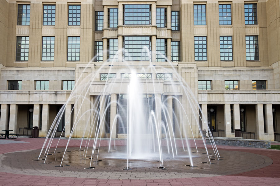 Fountain in front of courthouse in Lexington, Kentucky. Photo credit ShutterStock.com, licensed.