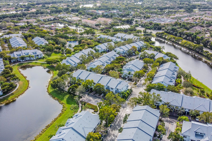 An aerial view of communities in Weston Florida. Photo credit ShutterStock.com, licensed.