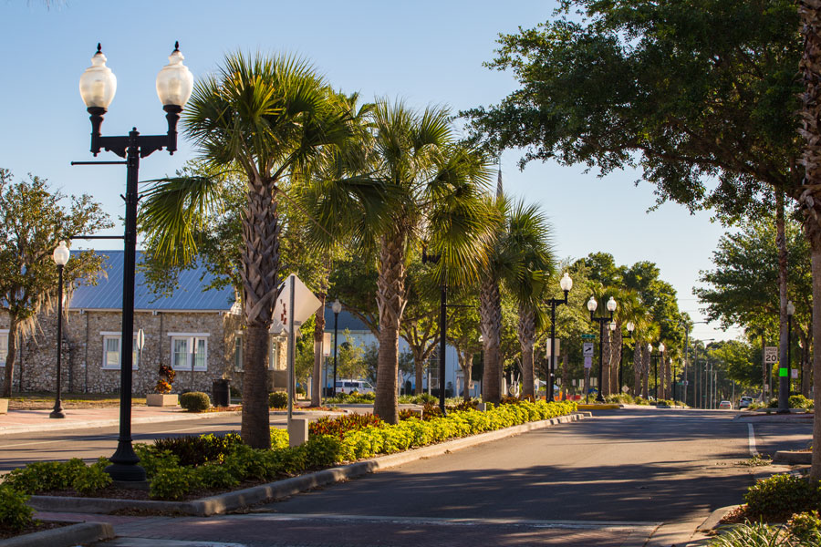 A downtown road in Zephyrhills, Florida on 5th Avenue. Photo credit ShutterStock.com, licensed.
