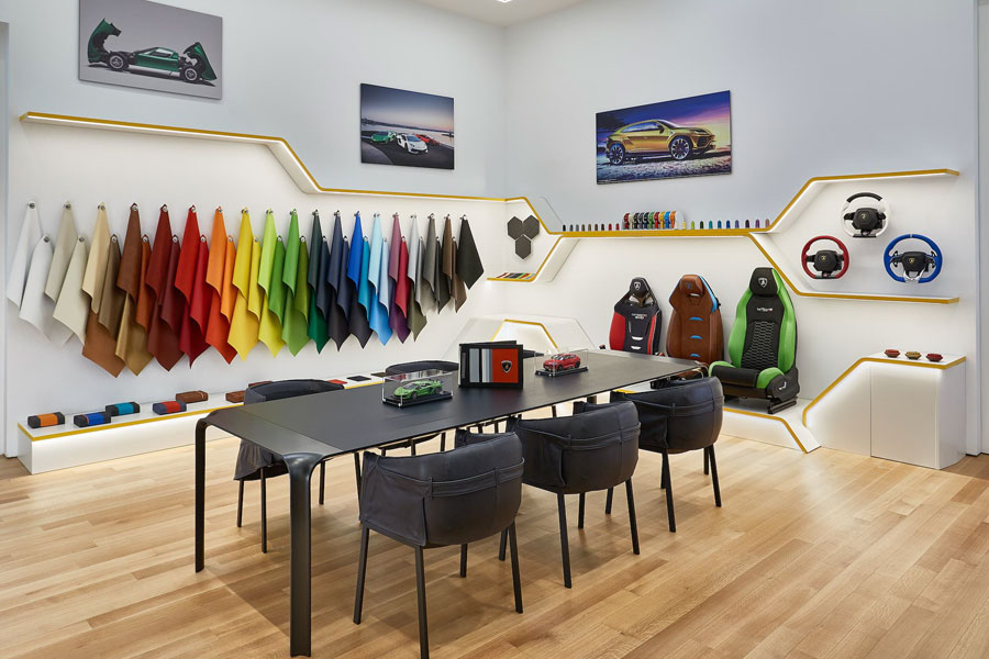 Debut of new customization studio and fully personalized venue. Exclusive NYC lounge offers a look into the world of Lamborghini, access by appointment only. New York premiere of the Huracán STO, a road-homologated super sports car.