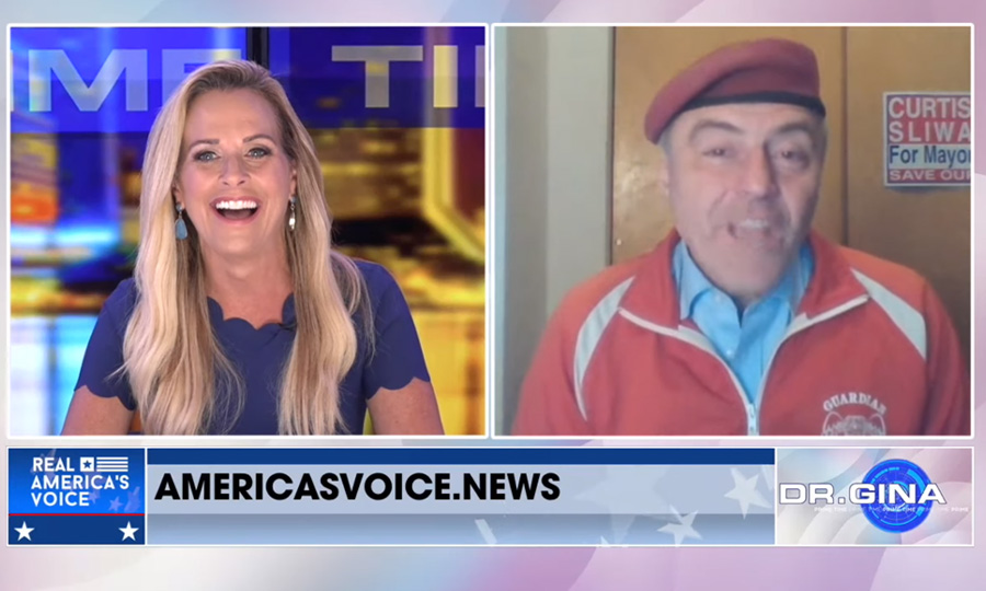 Curtis Sliwa tells Karyn Turk: I'm the only candidate who rides the subway!