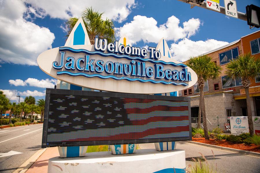 Digital sign Welcome to Jacksonville Beach FL. File photo: Felix Mizioznikov, Shutterstock.com, licensed.