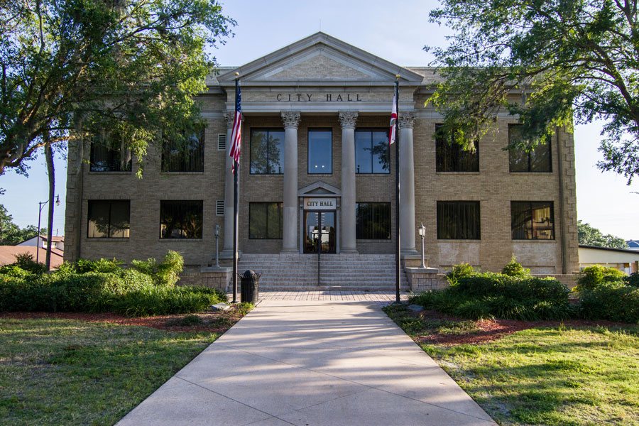 The city government office building in Leesburg, Florida on May 22, 2019.