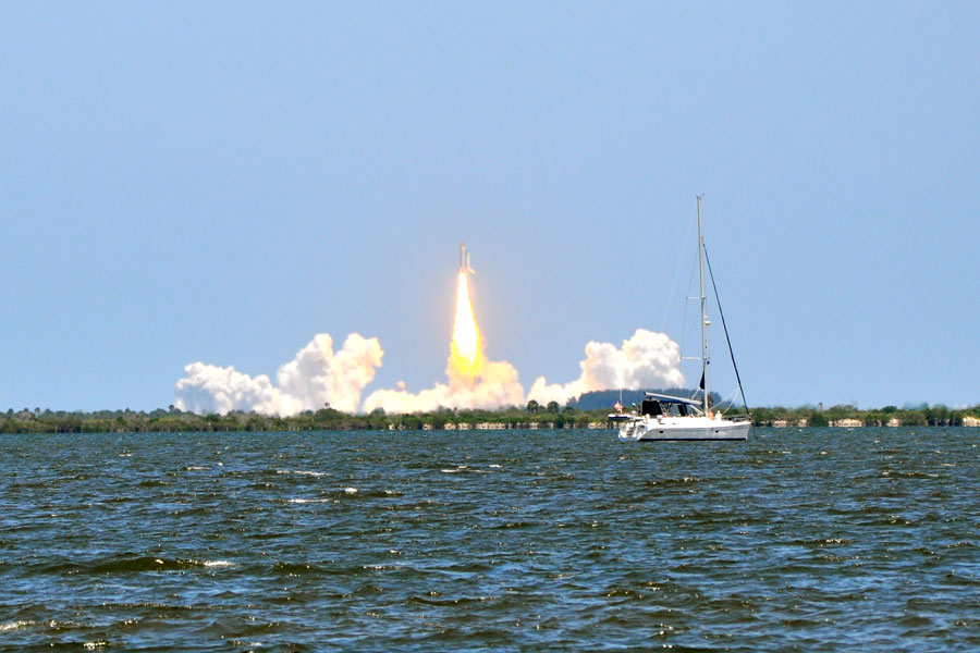 The Shuttle Atlantis Launch viewed from Titusville, Florida in Space View Park. File photo: Katie Knack Photography, Shutterstock.com, licensed.