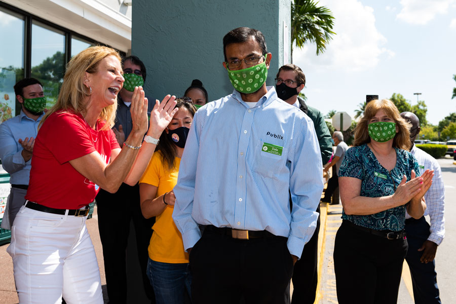 Dale Kangoo, Grocery Manager at Publix and Car Giveaway Winner.  Dale's name was randomly drawn from a pool of more than 10,000 entries.