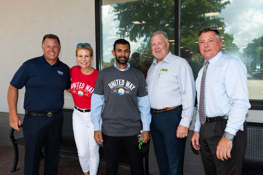 From left to right, Ken Loiseau of Pompano Ford; Kathleen Cannon, President/CEO of United Way of Broward County; Dale Kangoo, Winner of Car Giveaway; Tim Redding, Regional Director of Publix and Bill Kotewicz.